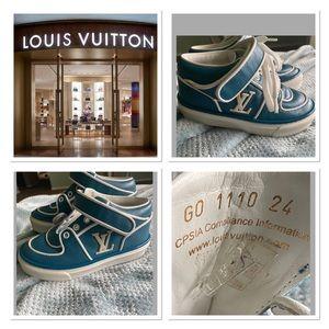 🥰AUTHENTIC LOUIS VUITTON SNEAKERS‼️